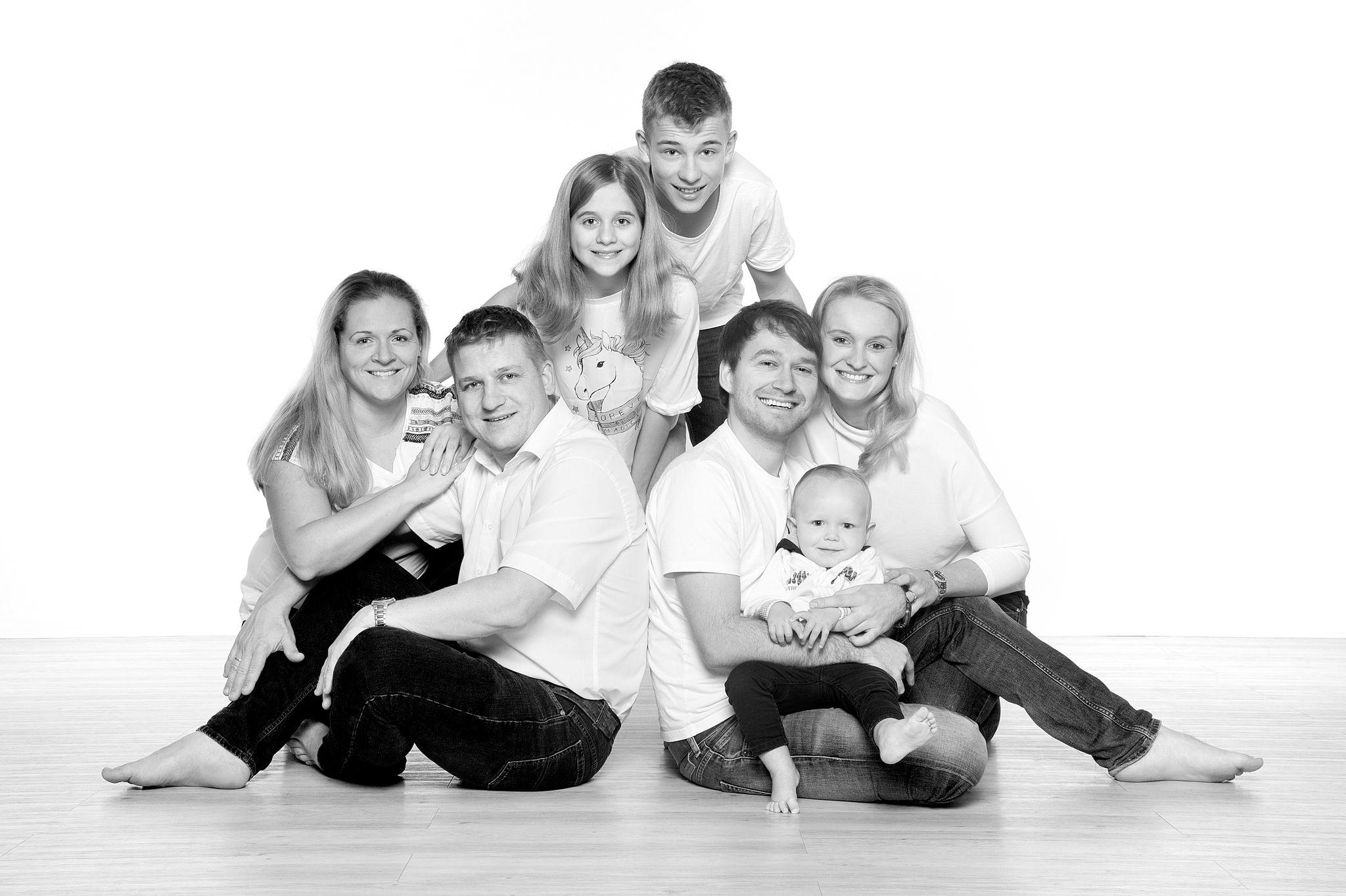 Familienfoto, Familie, Portraitfotografie, Businessfotografie, Fotostudio, Fotograf, Fotografin,bewerbungsbilder, Familienfotografie, Industriefotografie, Veranstaltungsfotografie, Hochzeitsfotografie, Kinderfotografie, Fotograf, Fotografie, Foto,Jena, Thueringen,